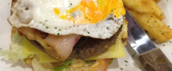 egg-bacon-burger